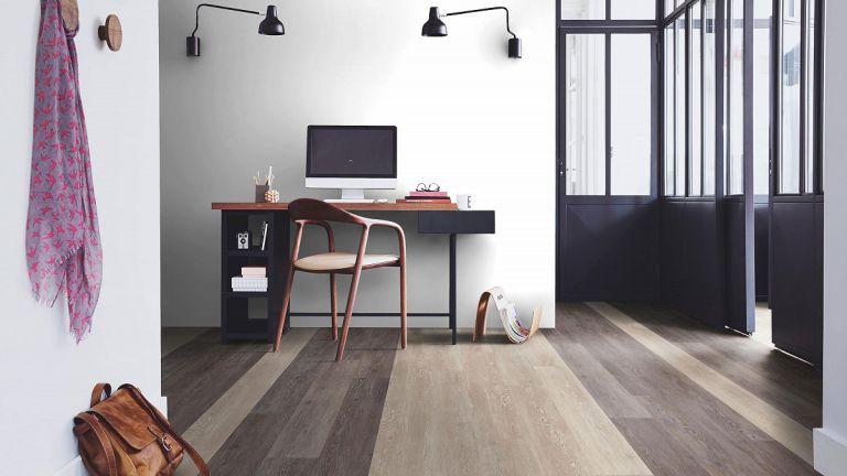 vinyl-flooring-showroom-02-w1200